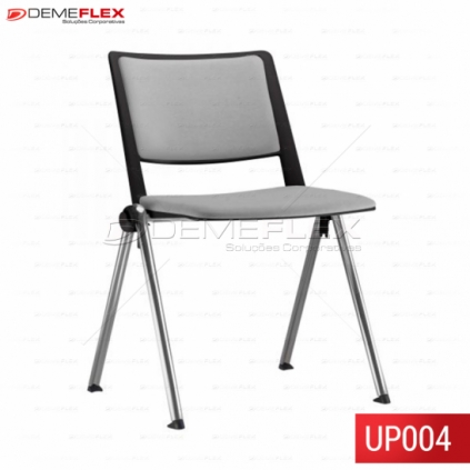 Cadeira Fixa Up Estofada com Encosto Preto  Empilhável com Estrutura Cromada