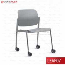 Cadeira Fixa Leaf Cinza com Estrutura Cromada com Rodízio Curitiba Demeflex